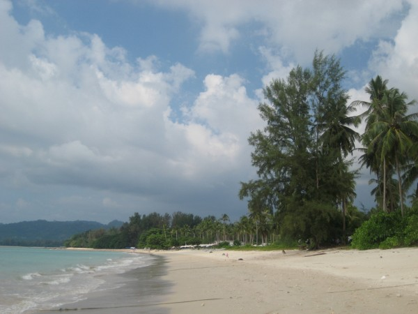 Khao Lak Beach karaian/Flickr
