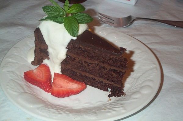 Chocolate cake stu_spivack/Flickr