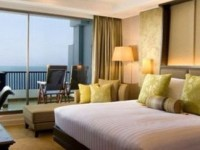 Dusit Thani Pattaya luxury hotel in Bangkok for $100