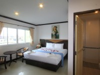 Hollywood Inn Love on Phuket for $26 nightly